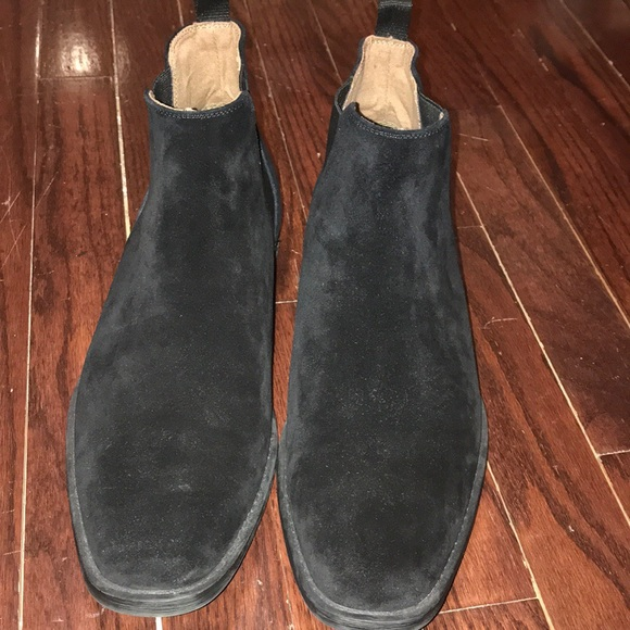 2fb2f0e5117 Men's Aldo Black Chelsea Suede Boots- Size 9.5